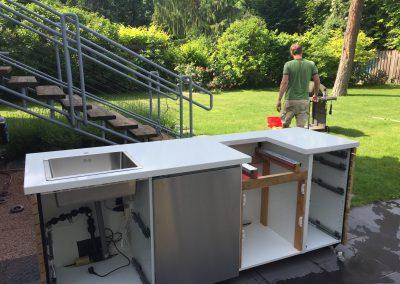 Das Innenleben der DIY Outdoorküche Ikea Hack