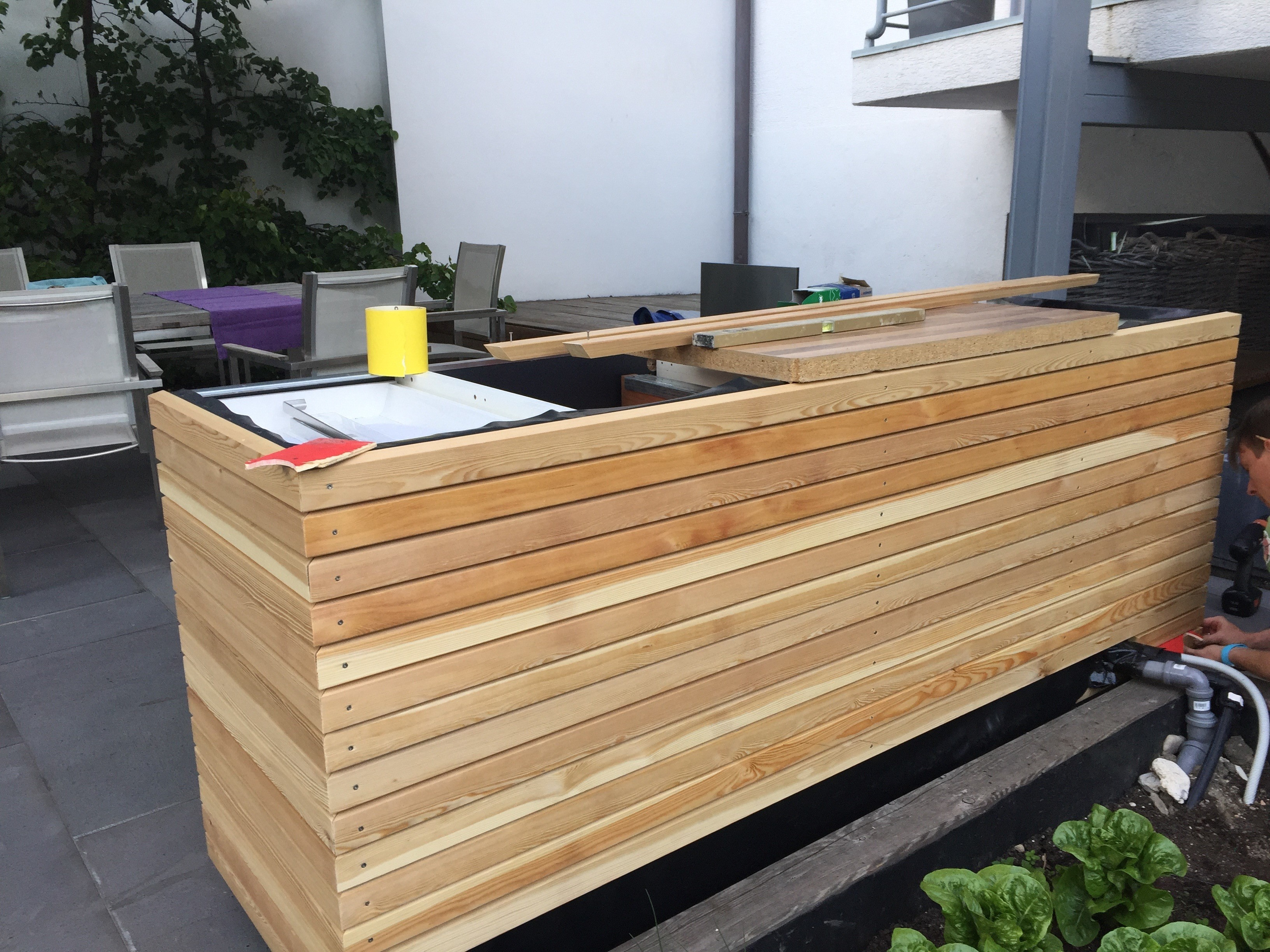 Outdoor Küche Unterschrank : Diy outdoorküche ikea hack rut morawetz